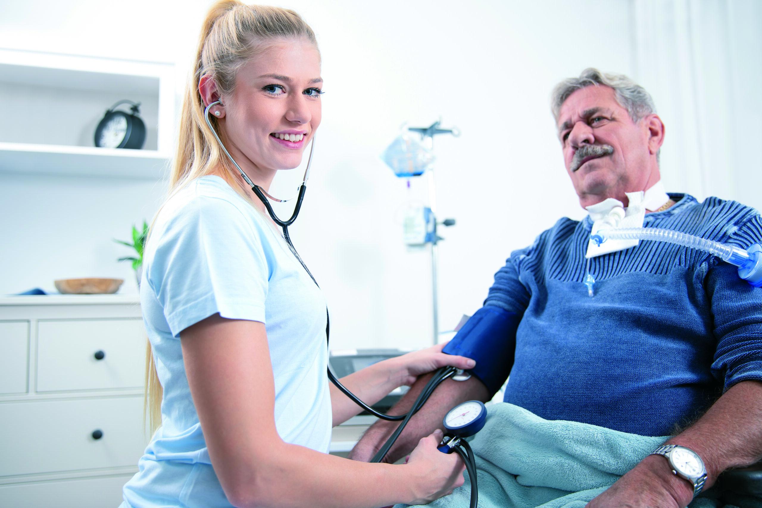 Pflegefachkraft für außerklinische Beatmung